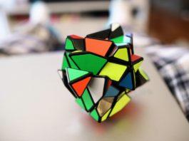Cubi di Rubik Strani